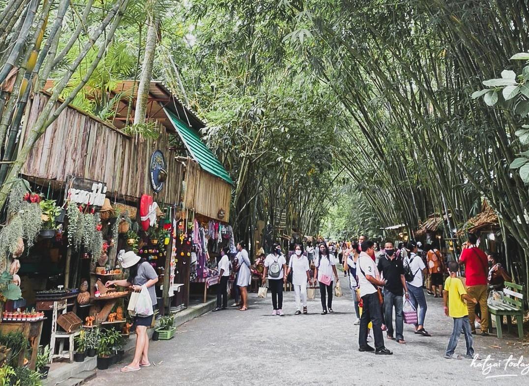 ตลาดป่าไผ่ สร้างสุข พัทลุง