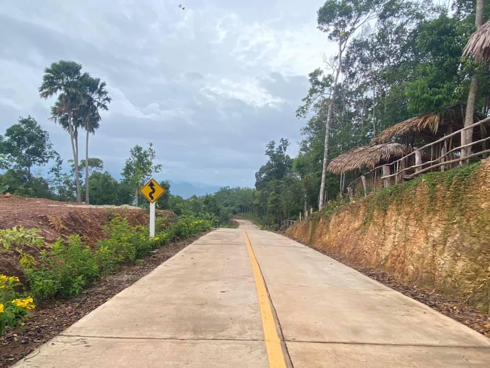 รองผู้ว่าฯ สงขลา ตรวจเส้นทางแหล่งท่องเที่ยวภูคานหลาว เตรียมก่อสร้างถนน ขึ้น - ลง เพื่อพัฒนาการท่องเที่ยว