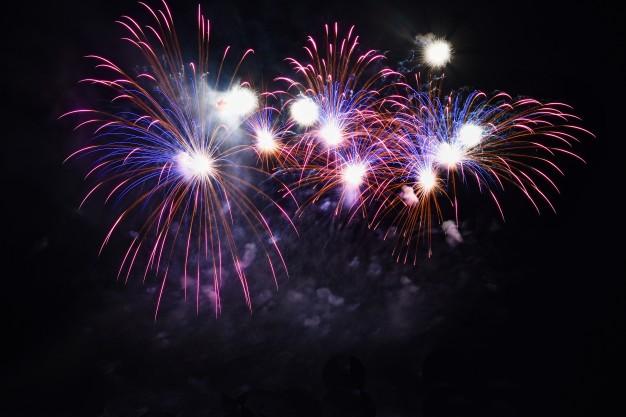colorful fireworks black sky 1161 54 HATYAITODAY