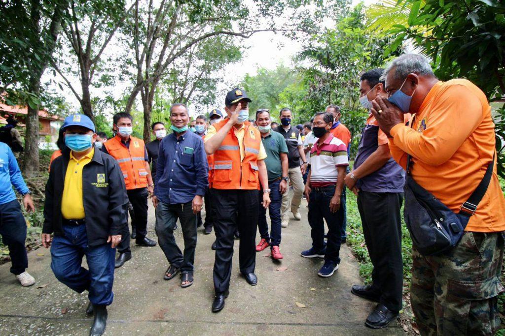 รมช.กระทรวงมหาดไทย เปิดสะพานเบลีย์อ.เทพา เพื่อบรรเทาความเดือดร้อนในการสัญจรของประชาชน หลังได้รับผลกระทบจากอุทกภัย
