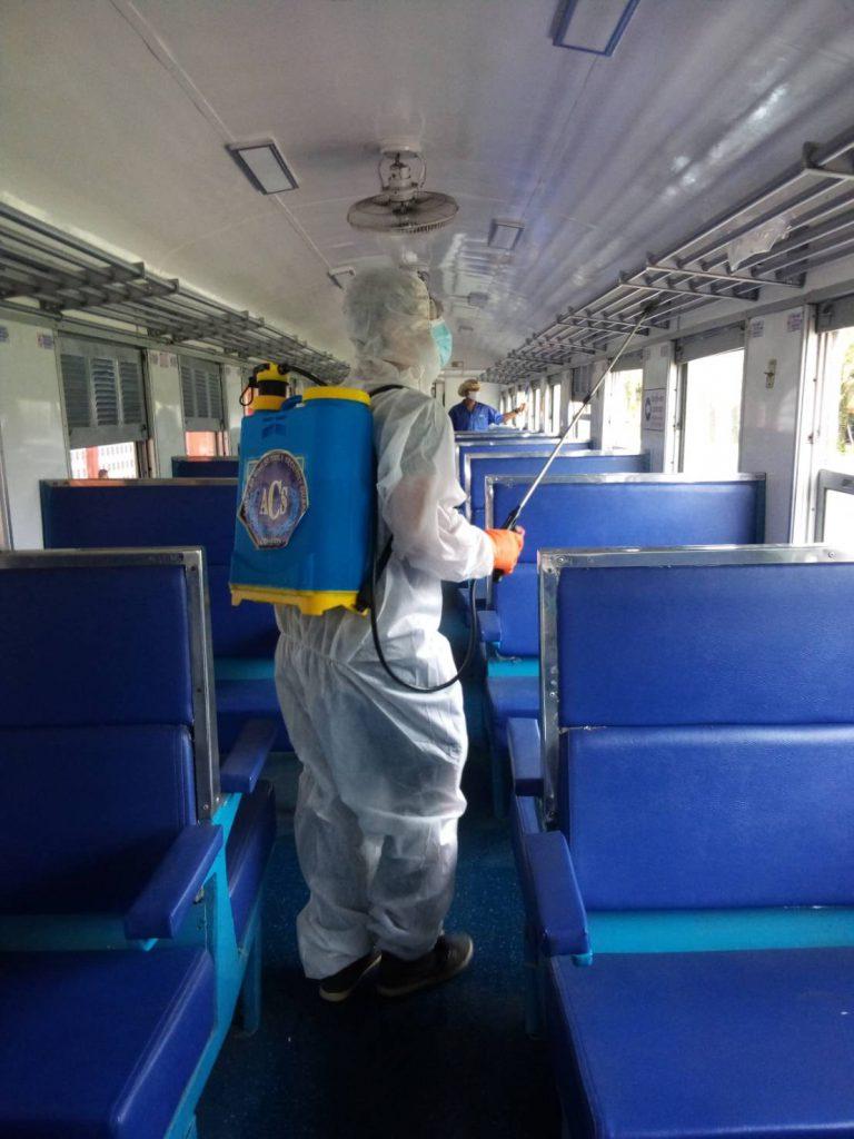 ด่วน ผู้โดยสารขบวนรถเร็ว 171 กรุงเทพ-สุไหงโก-ลก คันที่ 6 ที่เดินทางวันที่ 8 ม.ค. 64 โปรดรายงานตัวกับจนท.สาธารณสุขอำเภอทันที